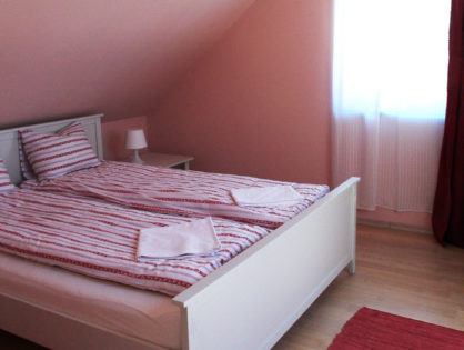 kiado-bazsarozsa-szoba